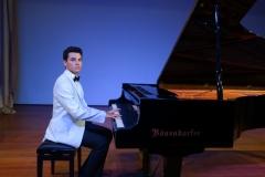 Güneş Yakartepe Piyano Nedir Kimdir Sözlük Ne Demek Genç Piyanist Musikisi Müzik OKUL Piano Büyük piyanoları (5)