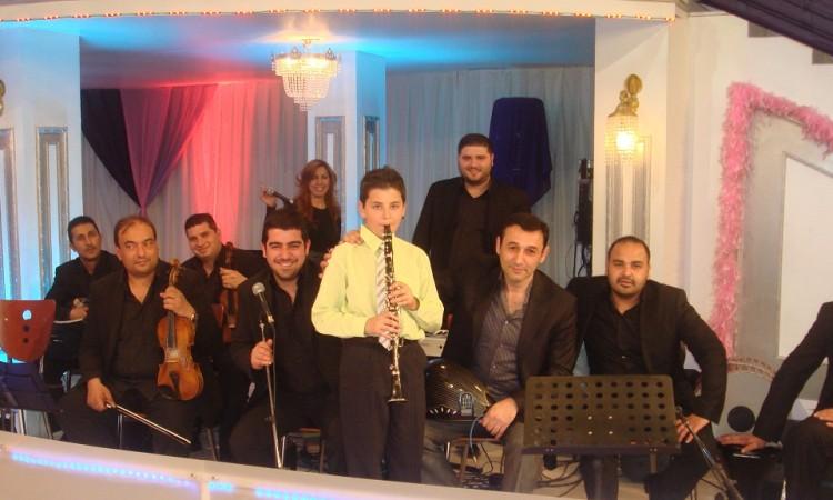 hersey-showtv güneş yakartepe ufak minik çocuk müzik klarnet dügün nişan gece kına gecesi festival 1024
