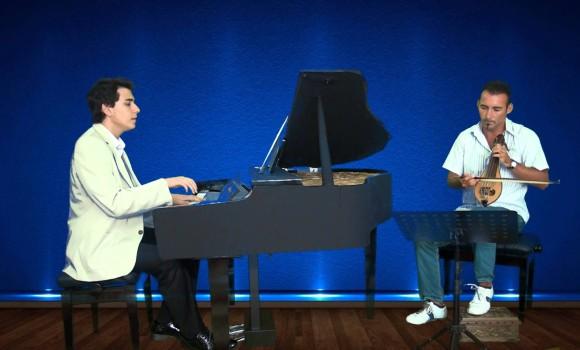 Papatya Gibisin Beyaz ve İnce İlk Türkçe Yerli Tango Piano Video