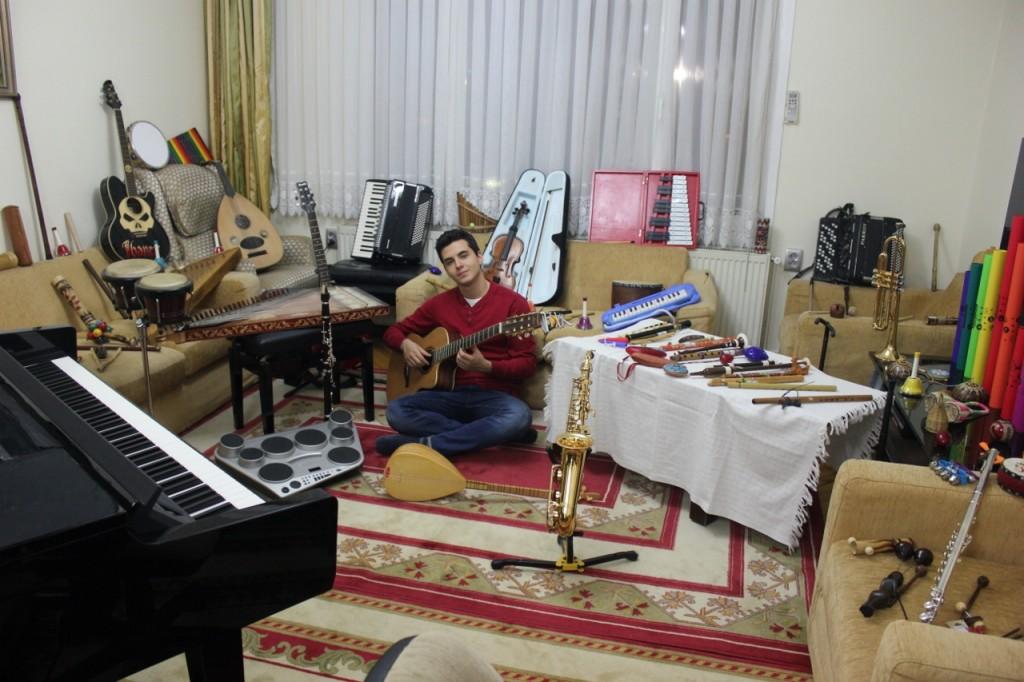 Güneş Yakartepe Müzikleri Aleti Çalgısı Enstrümanları Musiki Saz Haberi Sözlük Bilgisi vikipedi ne demek Site Kimdir