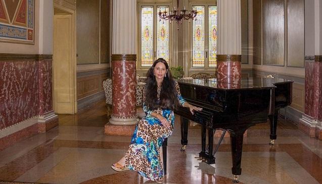 Piyanist Piyano Müzik  Piano Nedir, Kimdir, Önemi, Özellik, İlginç Müzik Bilgi