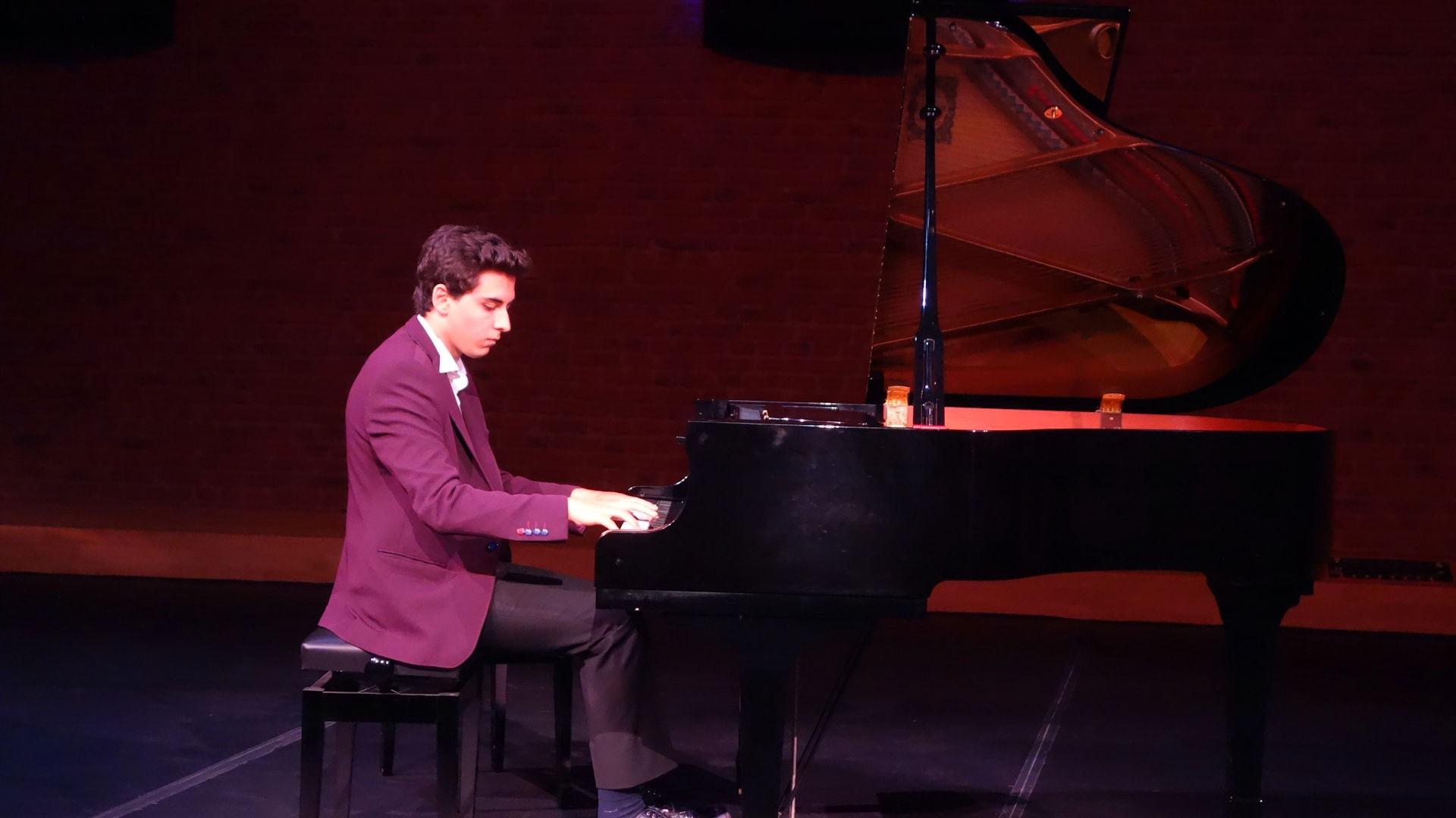56. Yaza Merhaba Piyano Konseri Zorlu Center PSM Konser Salonu 2016 Klasik Batı Müziği Canlı Etkinlik Dinleti Listesi. Genç Piyanist Gunes Yakartepe