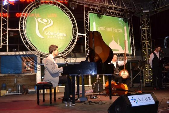 gungoren-park-piyano-konseri-gunes-yakartepe