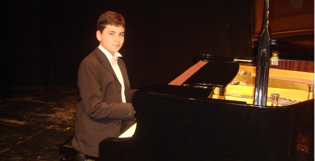Bakırköy Belediye Yunus Emre Kültür Merkezi – Güneş 16 Yaşında