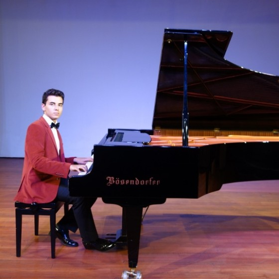 güneş yakartepe piyano Mimar sinan Üniversitesi Devlet Konsertuvarı kuyruklu büyük pianos konser