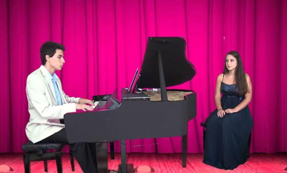 Genç Piyanist Solist EDREMİT'İN GELİNİ Türkü Yöre Balıkesir