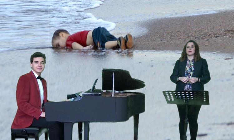 """İstanbul Teknik Üniversitesi (İTÜ) Devlet Konservatuvarı Kompozisyon Bölümü Öğrencisi 18 yaşındaki Güneş Yakartepe, ailesiyle birlikte çıktığı umuda yolculukta yaşamını yitiren iki yaşındaki Aylan Kurdi ve diğer çocuklar için şarkı besteledi. Aylan'ın Çığlığı bestesi, dinleyenleri duygulandırdı.  İTÜ Devlet Konservatuvarı Kompozisyon Bölümü Öğrencisi Güneş Yakartepe, geçen yıl 2 Eylül'de minik bedeni Bodrum'da kıyıya vuran Aylan Kurdi için 'Aylan'ın Çığlığı' adıyla şarkı besteledi. Olaydan ve fotoğraftan etkilenerek karar aldığını söyleyen Yakartepe, söz ve müziği kendisine ait olan eserde Aylan'ın hissettirdiklerini yorumladığını ifade etti. 9 yaşında müzik eğitimine başlayan, 11 yaşından beri piyona çalan Yakartepe, eserin 15 günde tamamlandığını belirtti. Yakartepe'nin piyona başına geçerken; Şan Bölümü 4. Sınıf öğrencisi Burcu Vatansever solist olarak kayıtta yer aldı. Eserde, dalga sesleri dikkat çekti. Güneş Yakartepe sosyal paylaşım sitesi Facebook'taki hesabından besteyi şu notla paylaştı: """"Yazın bizler otellerde yaz tatili yaparken, onlar yeni bir hayat kurma mücadelesi veriyorlardı. Biz otelde havuz, animasyon, yemek keyif içindeyken onlar sokaktaydılar, vatansızdılar, umutla yaşamlarında savaşın olmadığı bir vatan arıyorlardı. Yalnızca bir haftada 60 mültecinin denizde parçalanan botlarda yaşamını kaybettiğine tanık olduk. Aylan bu kayıpların bir sembolü oldu. 2015 Yılının fotoğrafı Aylan'dı, ben de hissettiklerimi besteme ve sözlere aktardım.""""AYLAN'IN ÇIĞLIĞI  (ESERİN SÖZLERİ)Bir umutla çıktım bu yolculuğa Simsiyah gecede vatansız çocuğum İçimde korkular, umudum nerede Nerede insanlık, gelecek neredeÇırpındım dalgalarda umutla Tutunamadım hayata, vurdum kıyıya Çırpındım dalgalarda umutla Tutunamadım hayata, vurdum kıyıyaEn sonunda bitti benim savaşım Yenildim hayata amansız dünyada Bedenim armağan tüm insanlığa Bitmesin hayatlar sönmesin umutlar Bedenim armağan tüm insanlığa Ölmesin Aylan'lar dinsin bütün çığlıklar Haberin Videosu       AYLAN BEBEK ve MÜ"""