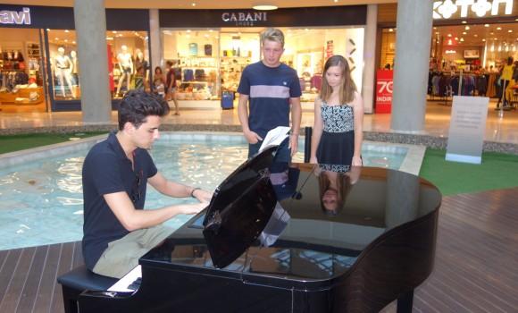 60. Midtown Bodrum Avm Piyano Konser 2016 Piyano Canlı Konserleri Etkinlikler. Piyanist Güneş Yakartepe Pianist Resital 5