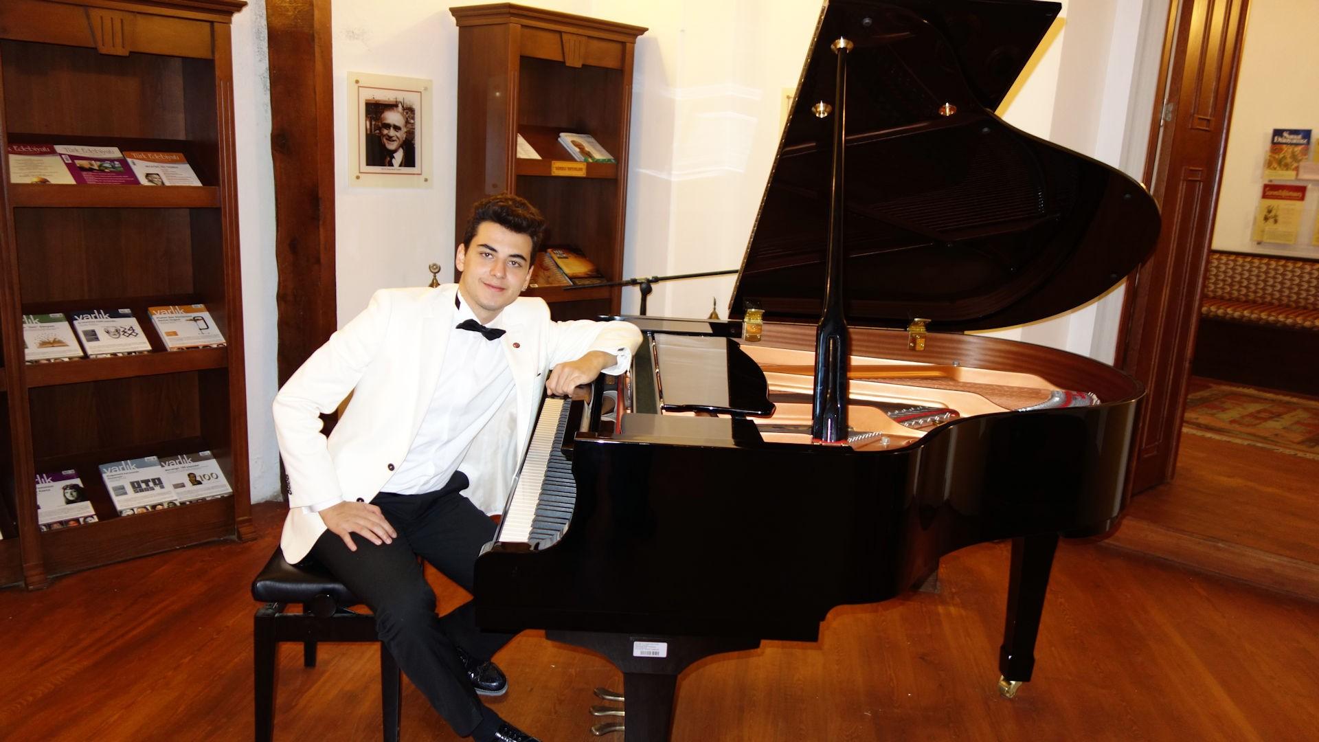 Genç Piyanist Güneş Yakartepe Son 5 Yılda Yaptığı Konser Etkinlikleri Listesi 2016 2017 Piyano Müzik Dinleti Piyanotürk