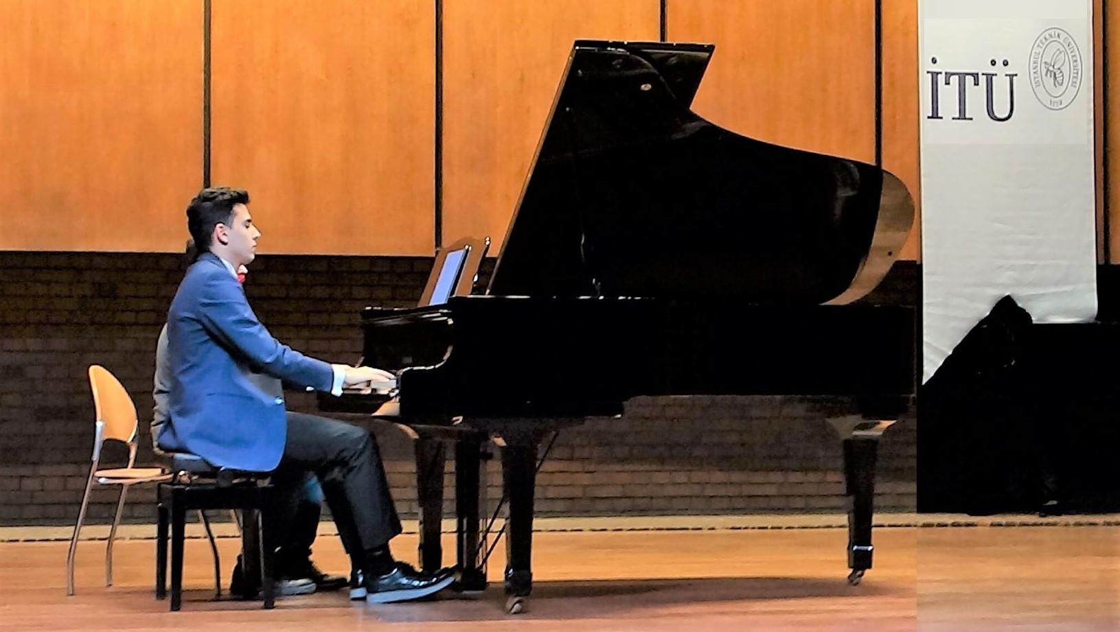 2019 Son Müzik Konserleri Şarkı Türkü Piyano Nota Düzenlemeleri Genç Düzenlemeci Aranjör Güneş Yakartepe Son Çıkan Şarkı Besteleri 2020 Son Beste Aranjman Son Bestecileri